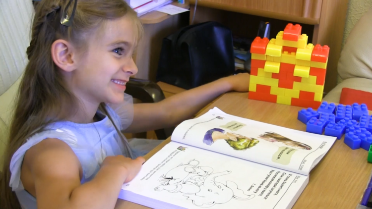 Вчимося читати з дітьми-білінгвами